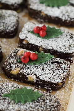 no recipe or tutorial - just a cute way to decorate brownies for christmas