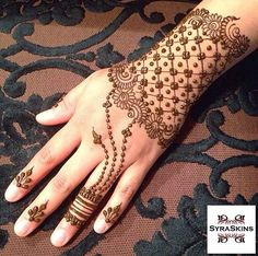 ❤❤♥For More You Can Follow On Insta @love_ushi OR Pinterest @anamsiddiqui12294 ♥❤❤ Eid Mehndi Designs, Mehndi Patterns, Henna Designs Easy, Latest Mehndi Designs, Beautiful Henna Designs, Mehandi Henna, Jagua Henna, Tattoo Henna, Henna Tattoo Designs