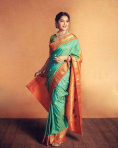 Bollywood Updates, Bollywood News, Bollywood Actress, Black Saree, Cinema Actress, Madhuri Dixit, Celebs, Celebrities, Actress Photos