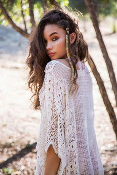 """Photographer: Aris Jerome Model: Ashley Moore in """"Gypsy Soul"""" girl Gypsy Soul Boho Hippie, Bohemian, Pretty People, Beautiful People, 3 4 Face, Cooler Look, Gypsy Soul, Mannequins, Woman Face"""