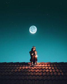You have created a masterpiece, keep inspiring us with your stunning content Image by Black Phone Wallpaper, Girl Wallpaper, Wallpapers Tumblr, Cute Wallpapers, Girl Photography, Creative Photography, Silhouette Photography, Surreal Photos, Cute Girl Photo