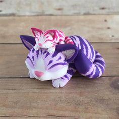 Kitties! 💕 #mothersday #dragonsandbeasties #cat #purple #pink #tabby #catsculpture #polymerclay
