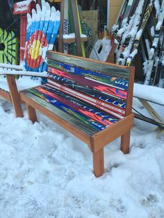 Park Style Ski Bench, great for home, work, patios, decks & more! Available in original ski graphics or custom hand-painted with oil exterior paints Ski Lift Chair, Ski Decor, Home Decor, Ski And Snowboard, Snowboard Bedroom, Small Accent Chairs, Diy Bench, Snow Skiing, Cool Furniture