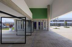 LVC School,© Juan Solano