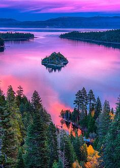 USA, California, Lake Tahoe in the afternoon