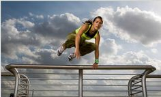 Girls can do parkour too!