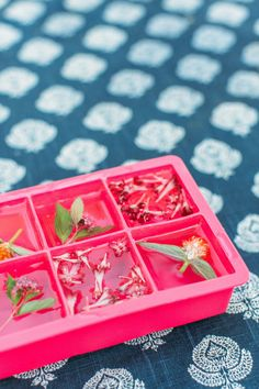DIY flower ice cubes: http://www.stylemepretty.com/living/2015/06/11/top-15-easiest-party-diys-ever/