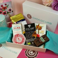 Bits and Boxes: Chococurb Premium Chocolate Subscription Box Review and #giveaway #chococurb #chocolate