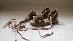 Sandalias de piel y esparto