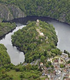 Forteresse de Crozant Limousin, France, Aquitaine, Medieval, Scenery, Photos, Castle, River, Places