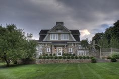 Long View Hedges Landscaping, Metal Roof, Landscape Design, Mansions, House Styles, Gray, Image, Home Decor, Decoration Home