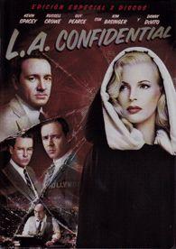 """DVD CINE 1650 -- L.A. Confidential (1997) EEUU. Dir.: Curtis Hanson. Anos 50. Sinopse: o director Curtis Hanson xunto a unha excelente repartición ofrecen un """"cativador thriller de corrupción policíaca e fascinación dentro do glamoroso mundo de Hollywood"""", nesta película baseada na novela de James Ellroy. Tres policías, unha fermosa e misteriosa muller, un enigmático millonario, un editor de prensa sensacionalista, e o Xefe de Policía conflúen nunha complicada trama de misterio"""