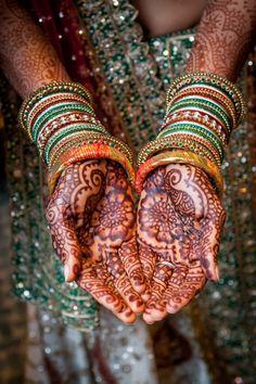 Grishma & Sandeep Indian Wedding Henna, Indian Wedding Gifts, Indian Wedding Invitations, Indian Wedding Planning, Wedding Gifts For Bride, Sikh Wedding, Indian Bridal, Indian Mehndi Designs, Bridal Mehndi Designs