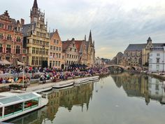With 6 Panos stores in Gent you can always eat your lunch at a lovely location. For example at 'Graslei'