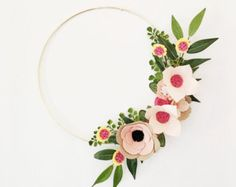 Sharing floral design to the green thumb challenged, alison michel offering modern & whimsical wreaths that dont require any H2O. Brighten up your home or special event with this hand curated beauty. Made with love for you and a can be a treasure for years to come!  Floral arrangement is available on 10 & 12 grapevine or gold hoop wreaths {see last picture for reference}. Flowers will cover more of the wreath if smaller size is chosen. Shipping Info: See Shipping & Policies tab for current…