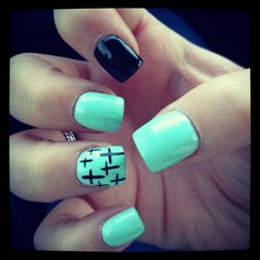 Mint Nails With Crosses. Fancy Nails, Love Nails, How To Do Nails, Fabulous Nails, Gorgeous Nails, Pretty Nails, Mint Nails, Gel Nails, Nail Polish