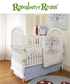 The Wishing Tree 3-Piece Crib Set from The Little Acorn is ideal for a whimsical, gender-neutral nursery!   Featuring friendly appliqued owls, turtles and squirrels, this crib bedding set will be sure to delight your baby's nursery