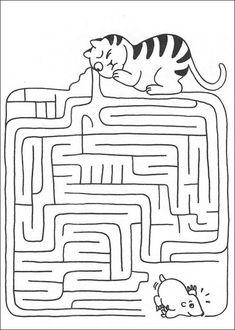 Jeu du labyrinthe à imprimer Maze Worksheet, Tracing Worksheets, Preschool Worksheets, Mazes For Kids Printable, Puzzles For Kids, Kindergarten Portfolio, Early Finishers Activities, Hidden Pictures, Picture Puzzles