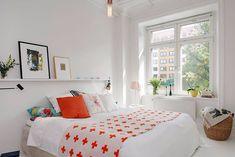 Desain Kamar Tidur X - DesainRumahku.id Bedroom Set Designs, Simple Bedroom Design, Modern Master Bedroom, Master Bedroom Design, Minimalist Bedroom, Bedroom Sets, Bedroom Decor For Couples, Home Decor Bedroom, Home Staging