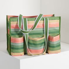 Sunlight Stripe - Zip-Top Organizing Utility Tote - Thirty-One Gifts - Affordable Purses, Totes & Bags Tote Bag Organizer, Bag Organization, Trendy Diaper Bags, Organizing Utility Tote, Thirty One Gifts, Best Bags, Sunlight, Beach Pool, Childcare