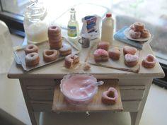 Dollhouse miniature decorating donuts bakery by Kimsminibakery