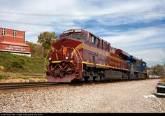 RailPictures.Net Photo: NS 8102 Norfolk Southern GE ES44AC at Bluefield, West Virginia by Troy Nolen   ..rh