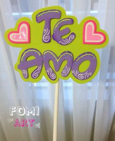 Letrero en Fomi.... Puedes utilizarlo en Ramos, anchetas o simplemente como tarjeta. Foam Crafts, Diy And Crafts, Ideas Aniversario, Ideas Para Fiestas, Party Time, Activities For Kids, Banner, Valentines, Lettering