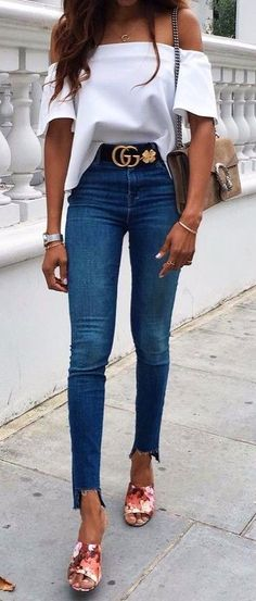 summer outfits  Off-the-shoulder Top Jeans