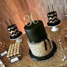 Mickey e Minnie Safari - Kit digital gratuito - Inspire sua Festa ® 30th Birthday Themes, 30 Birthday Cake, Golden Birthday, Birthday Party Decorations, 30th Birthday Ideas For Girls, 30th Party, 30th Birthday Parties, Birthday Celebration, Black Gold Party
