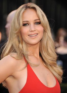 Sweet! Jennifer Lawrence!