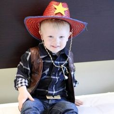 DIY Little Cowboy Halloween Costume  sc 1 st  Pinterest & 11 DIY Kids Dress Up Ideas | halloween | Pinterest | Toddler cowboy ...