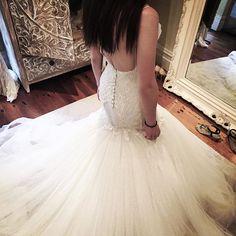 Grand tulle skirt #mermaid #weddinggown #leahdagloria