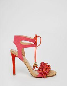 73489a1f124 Sandalias de tacón rosas con volante y flecos Elisa de Miss KG. Fringe  SandalsLace Up SandalsHeeled ...