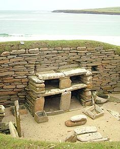 Skara Brae:: Further excavations followed and, between 1928 and 1930, the dwellings we see today were released from their protective cocoons. At the time, the village was thought to be an Iron Age settlement, dating from arounf 500BC — but this was no Pictish village. Radiocarbon dating in the early 1970s confirmed that the settlement dated from the late Neolithic — inhabited for around 600 years, between 3200BC and 2200BC.