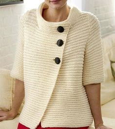 Stricken : Gerippte Strickjacke Gerippte Strickjacke, You are in the right place about Knitting dishcloth Here we offer you the most beautiful pictures. Aran Knitting Patterns, Knitting Designs, Knit Patterns, Free Knitting, Start Knitting, Knitting Needles, Crochet Cardigan Pattern, Knit Crochet, Diy Crafts Knitting
