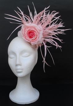 Items similar to OFF Champagne gold fascinator hat headpiece / Weddings / Party / Church hat / Races / Kentucky Derby / Ascot on Etsy Fascinator Hairstyles, Hat Hairstyles, Hair Fascinators, Fascinator Headband, Floral Headpiece, Headpiece Wedding, Kentucky Derby Hats, Fancy Hats, Love Hat