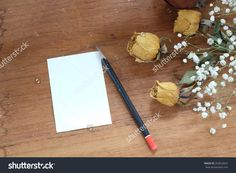 Note Paper And Dry Roses With Baby'S Breath (Gypsophilia Paniculata) And Wood Background Stock Photo 263652032 :…