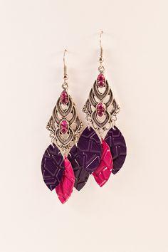 Boucles d'oreilles pendantes en aluminium et métal argenté - Pétales Fuschia et Violet - Nespresso : Boucles d'oreille par cap-and-pap