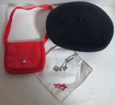 American Girl Molly's Accessories: Beret, Shoulder Bag, Hankie, Locket    #AmericanGirl