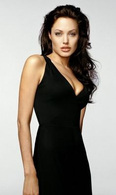 Angelina Jolie - little black dress. Probably the most beautiful woman to walk the planet - just my opinion Angelina Jolie Fotos, Angelina Jolie Pictures, Jolie Pitt, Le Jolie, Most Beautiful Women, Beautiful People, Glamour, Woman Crush, Mannequins