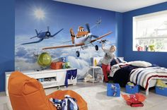 Repcsik poszter - disney poszter tapéta (planes above the clouds) 3d Wallpaper Design, Cloud Wallpaper, Photo Wallpaper, Wallpaper Stickers, Disney Wallpaper, Disney Planes Room, Mural Da Disney, Bedroom Themes, Kids Bedroom