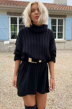 Laura jade black oversized chunky knitted jumper dress with side splits pull Laura jade black oversized chunky knitted jumper dress with side splits Sweater Outfits, Skirt Outfits, Fall Outfits, Cute Outfits, Sweater Dress Outfit, Grunge Outfits, Fashion Moda, Look Fashion, Girl Fashion