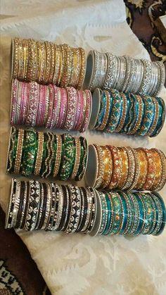 Me!!! Pakistani Wedding Outfits, Pakistani Bridal Wear, Pakistani Jewelry, Indian Jewelry, Wedding Jewellery Designs, Jewelry Design, Bridal Bangles, Wedding Jewelry, Indian Suits
