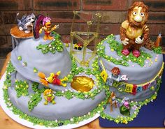 Oh WOW - a Fraggle Rock cake!!! Dance your cares away! ;)