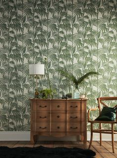 Graham & Brown Julien Macdonald Honolulu Palm green Foliage Glitter effect Embossed Wallpaper - B&Q for all your home and garden supplies and advice on all the latest DIY trends Wallpaper Toilet, Glitter Wallpaper, Tree Wallpaper, Print Wallpaper, 2017 Wallpaper, Bedroom Wallpaper, Wallpaper Designs, Wallpaper Online, Palm Leaf Wallpaper