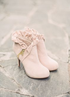 Blush suede | Photography: Julie Paisley - juliepaisleyphotography.com