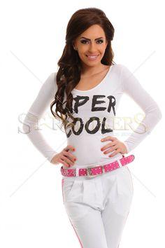 Body Mexton Super Cool White. Body Mexton mulat cu imprimeu cu scris si spatele decupat. Alege din colectia Body dama 2014-2015!