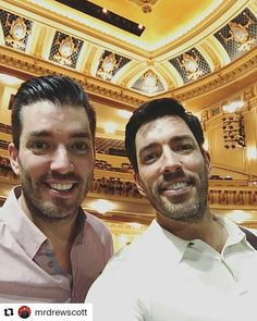 Jonathan Silver  & Drew Scott in Minneapolis Indiana for their House Party variety show on the road in September 2017