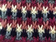 Easy Knitting Multi colour sweater pattern in hindi , इजी मल्टी कलर बुनाई का पैटर्न - YouTube