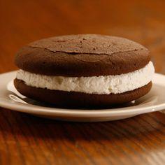Der Dutchman chocolate whoopie pie cookies